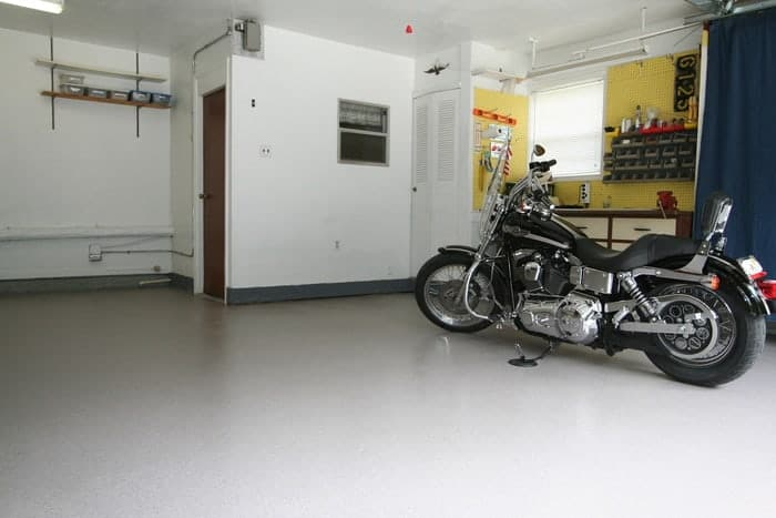 Garage in Provo Utah home with new floor coating